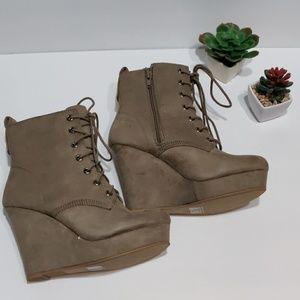 Shi by journeys  women shoes